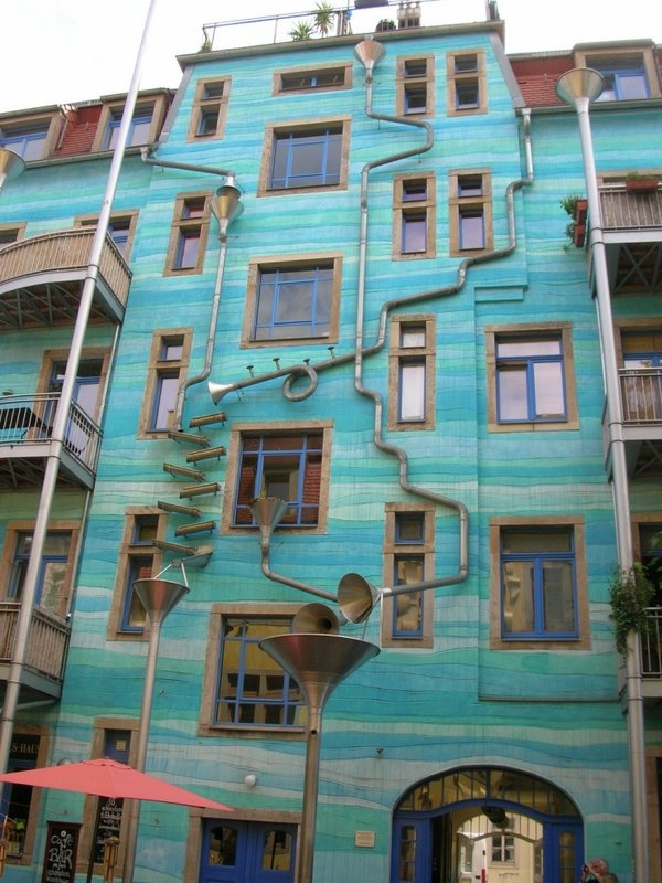 Singing Drain Pipes in Dresden, Germany